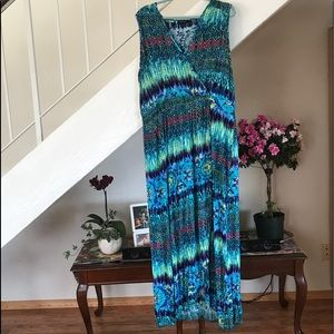 Maxi dress in multi color